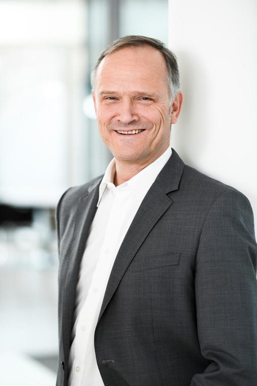 Dr.-Ing. Claas Helmke